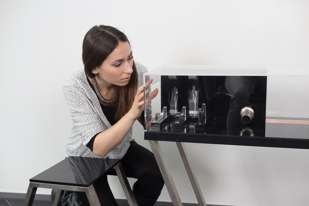 "Fotoshooting für Kunst/Research-Projekt ""Parasite"" von Pedro Lopes"